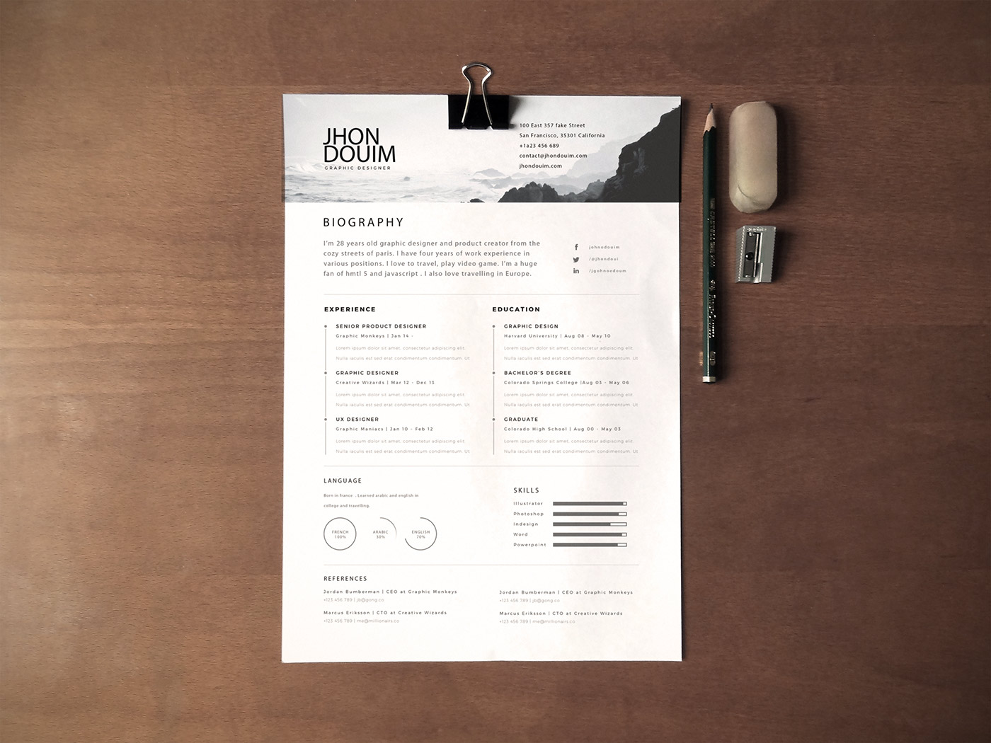 Free Resume ( PSD Gift )